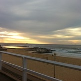 Golden Christmas Dawn Patrol, Newcastle Beach