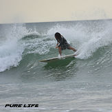Moises Rojas surfing Tamarindo