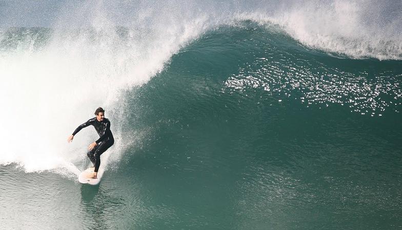 Mid Winter Sydney Surfing, Tamarama Reef
