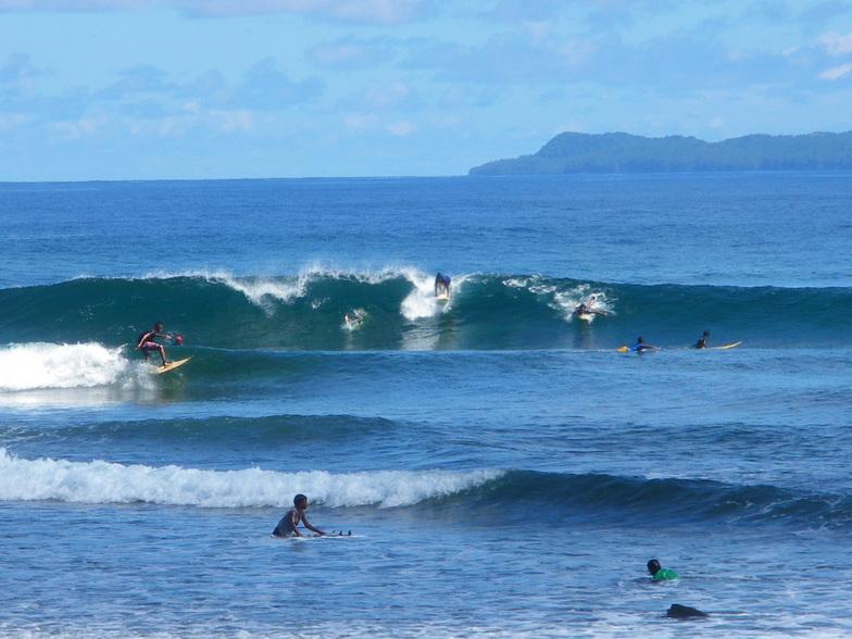 tinago surfspot, Ayoke - Tinago