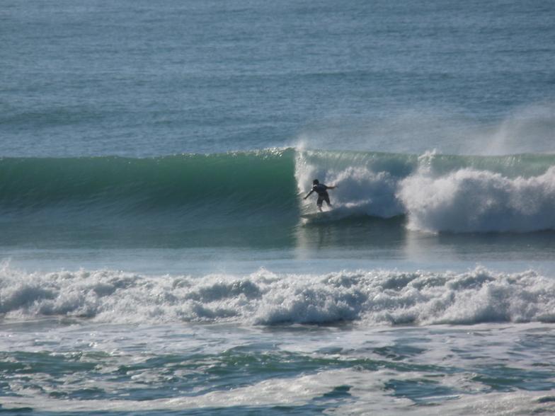 Chalet - 2.5m swell, Wainui Beach - Pines