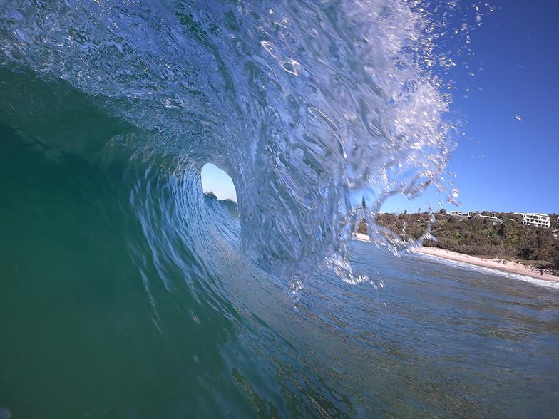 Morning barrel, Noosa - Sunshine Beach