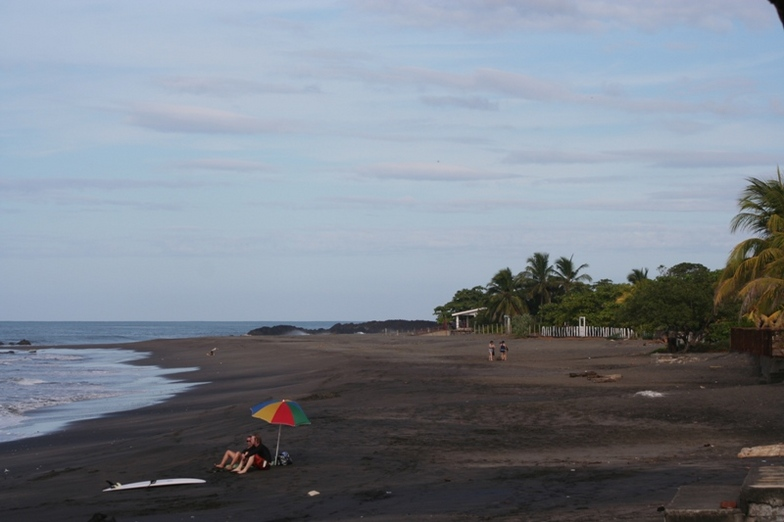 El Transito beach scene