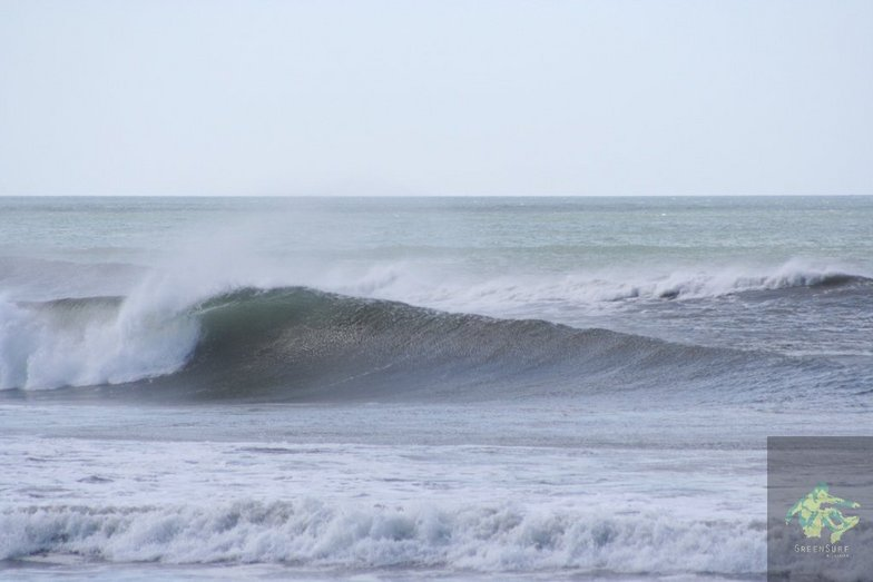 main beach barrel, El Transito