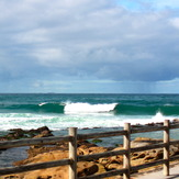 Sets roll in, Bronte Beach