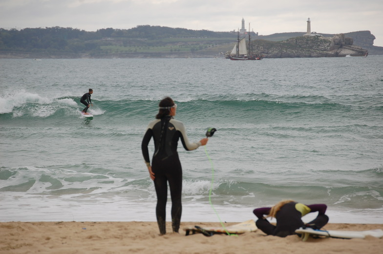 surf people, Playa de Somo