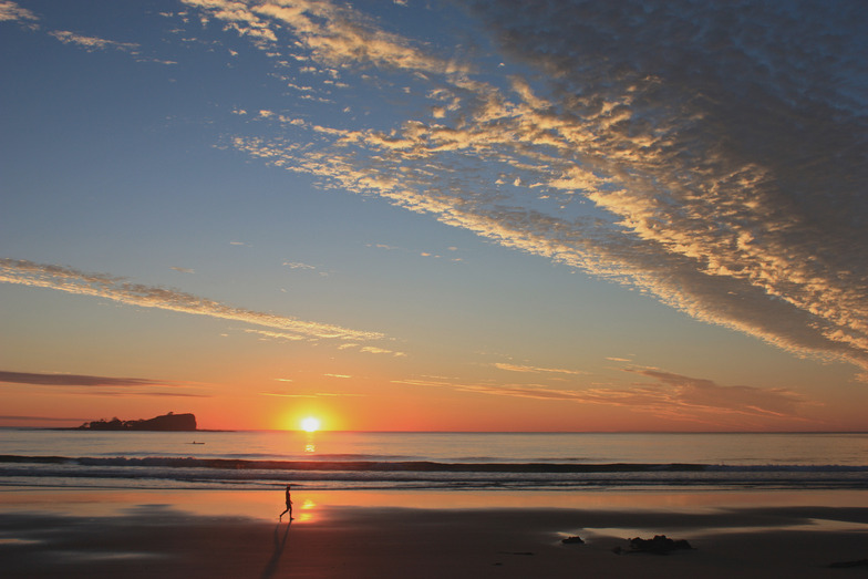 Serene sunrise at Mudjimba Island, Sunshine Coast, Mudjimba Beach