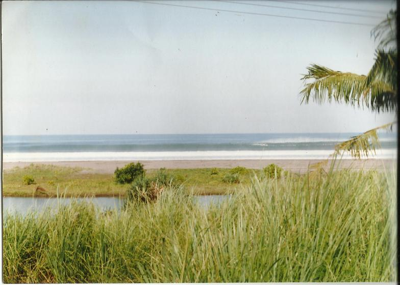 Berawa Ledge, Canggu