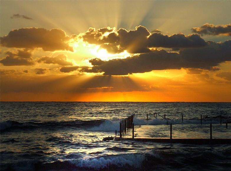 Sunrise!, Malabar