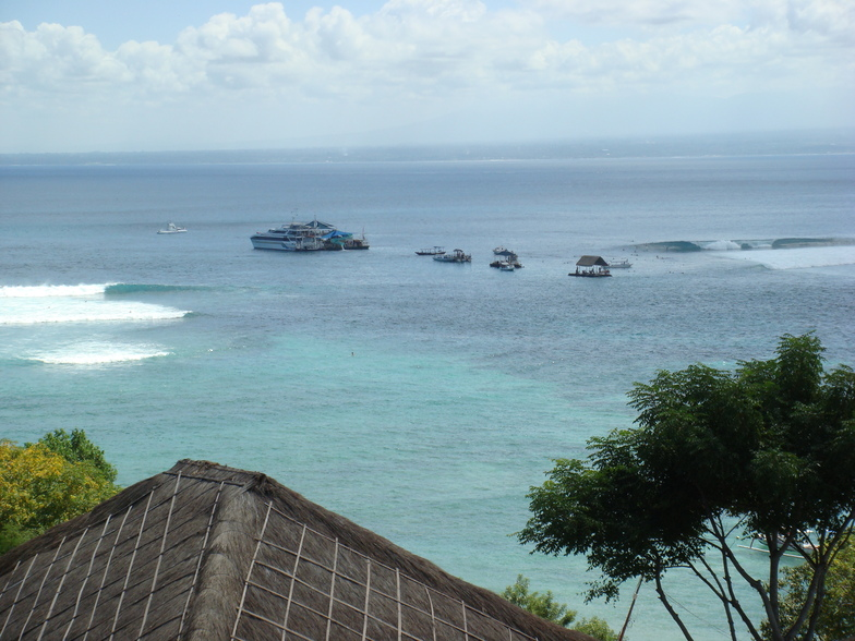 Lacerations (Nusa Lembongan)