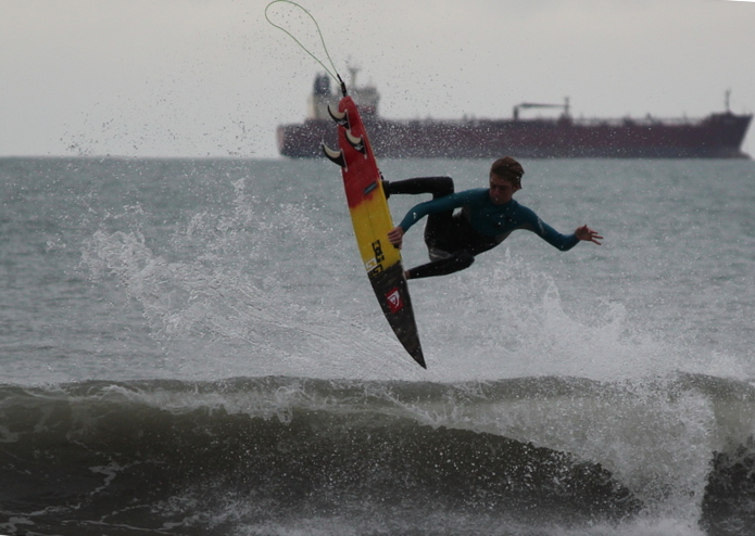 grom punting, Fitzroy Beach