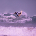 NEWQUAY TOWN BEACH SURFER DEC 2011 