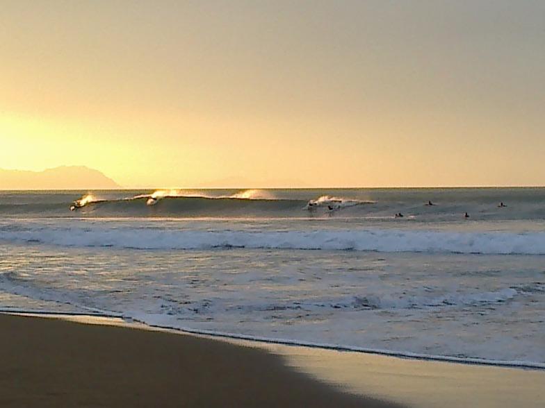 Taking the wave, Sopelana