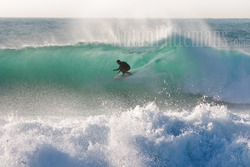 Riding tube surf Varazze 09/11/2011 - Anton Puttemans photo
