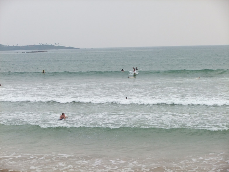 The perfect place for beginners to learn to surf because there is only sand and no coral in this bay, Weligama