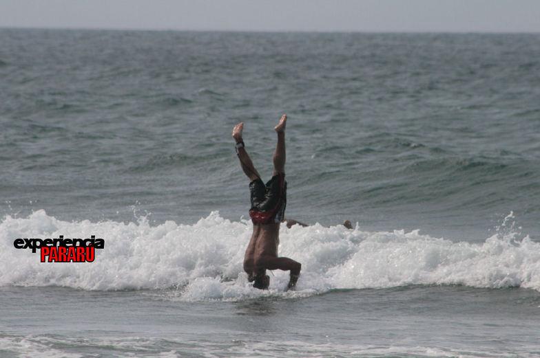 Experiencia PARARÚ - Escuela de Surf - Memo, Todasana