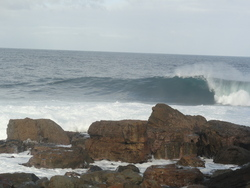 Clean wave at Shipstern Bluff photo