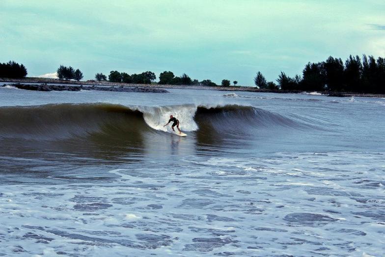 DEC 13 2011, Pantai Tungku or KM26