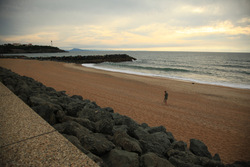 Lone Sunset Light, Anglet - La Piscine photo
