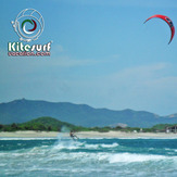 kiteboarding y surfing Salina Cruz, Oaxaca, www.kitesurfvacation.com