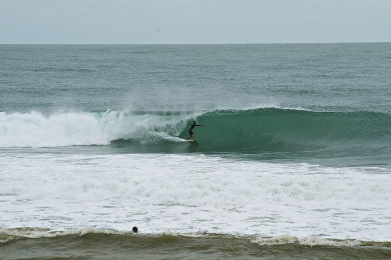 Tayrona surf champ, Los Naranjos