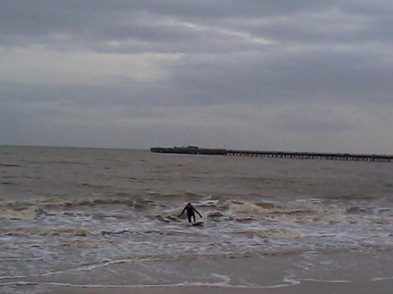 winter surf, Walton-On-The-Naze