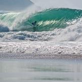 Dane Hall surfing Supertubos