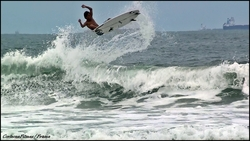 Surfer - Vitor Mendes, Praia do Tombo photo