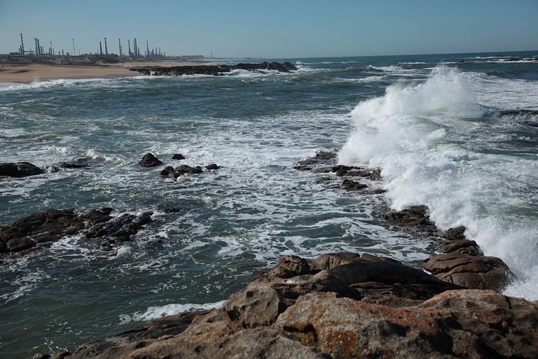 nature and industry, Praia do Aterro