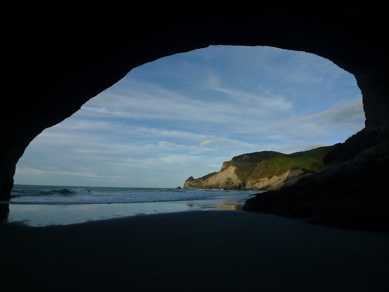 Cave at Fletchers, Fletchers Beach