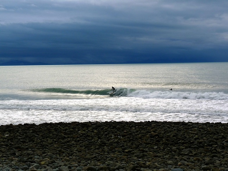 Winter surf at The Glen