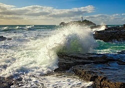 Crashing Wave, Godrevy photo