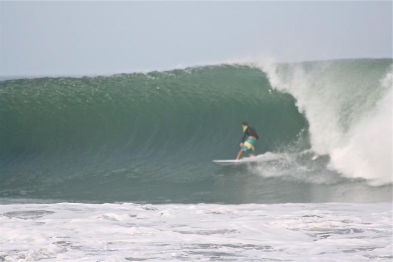 New Swell, Playa Hermosa