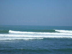 Bacnotan, best surf on coast today, Darigayos photo