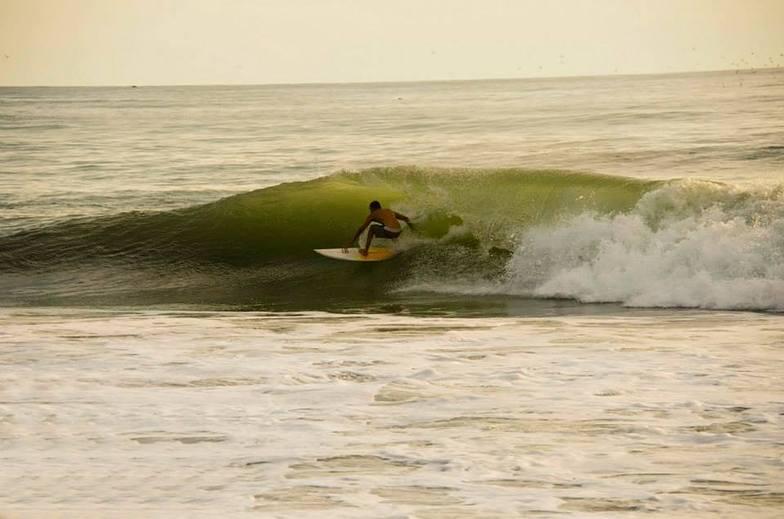 Surfing Santa Teresa, Playa Santa Teresa