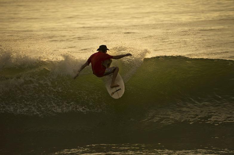 Surf Santa Teresa, Playa Santa Teresa
