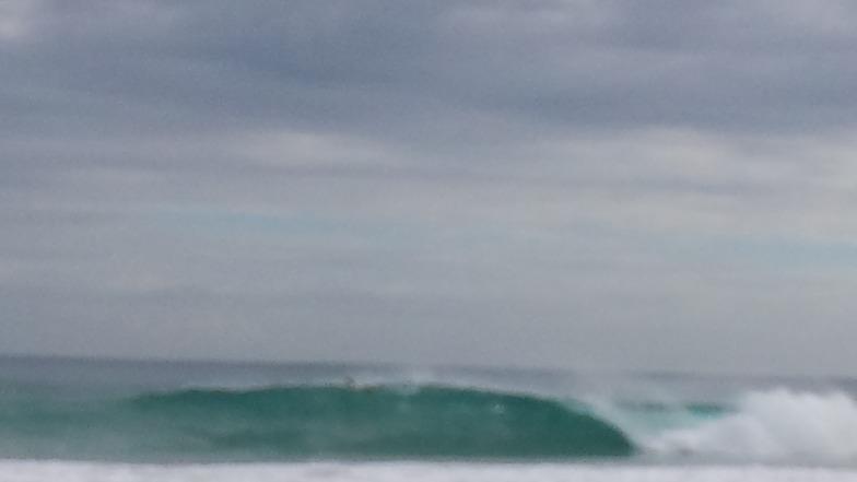 get barrelled, Trigg Beach