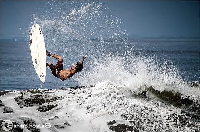 Surcando la ola, Pascuales
