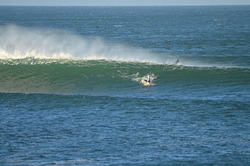 Strong offshore on outer left, EaskyLeft photo