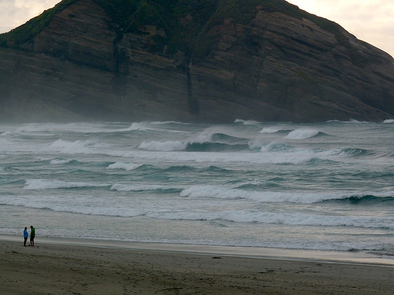 North swell, Wharariki Beach