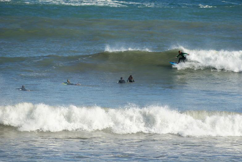 Surfer en cadavedo, Playa de Cadavedo