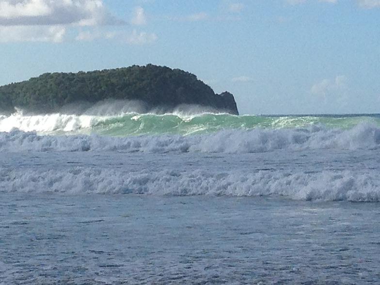 Josiahs Bay surf break