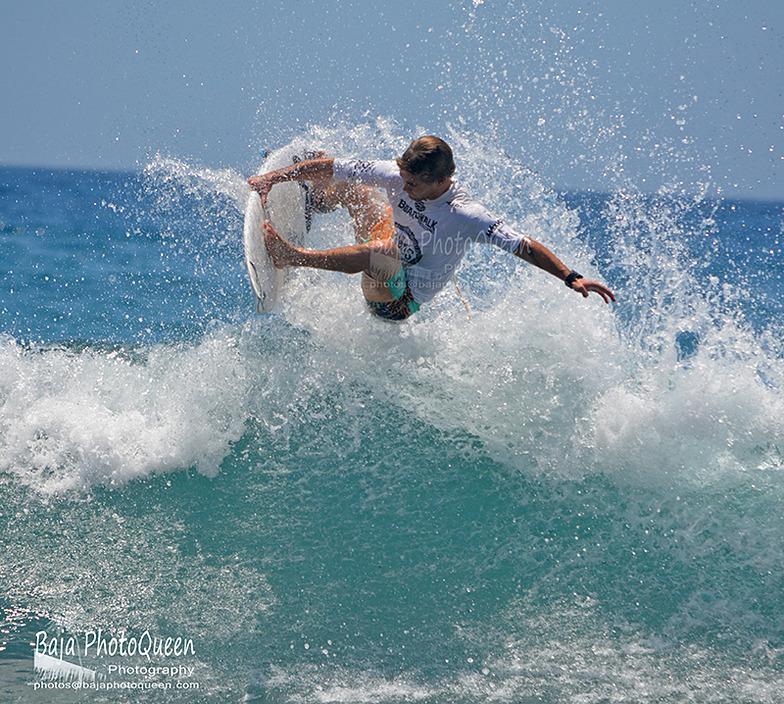 Zippers-Costa Azul surf break