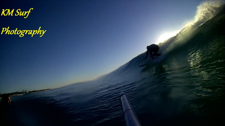 BOTTOM TURN, Main Beach - North Stradbroke Island