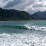 Mangamaunu east swell