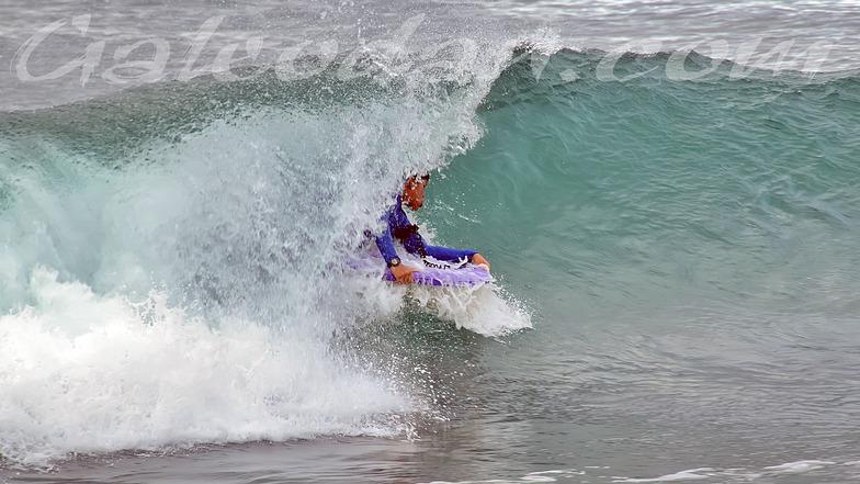 El Canyon surf break