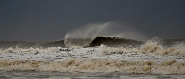 Isle of Palms Pier surf break