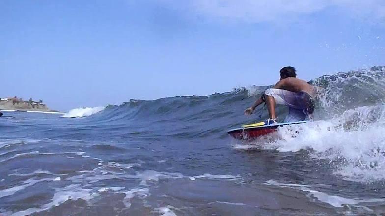 Los Capaes surf break