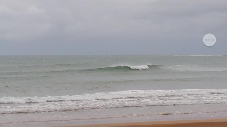 Itacimirim surf break