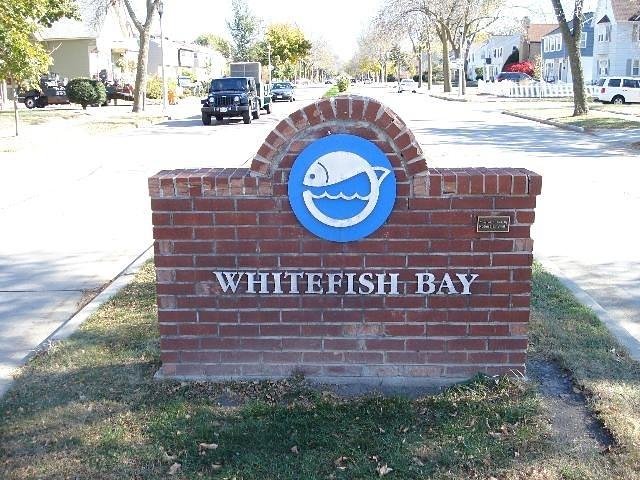 Whitefish Bay surf break